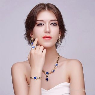 Magic Touch Jewelry Set