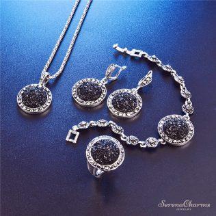 Vintage Black Pendant Necklace