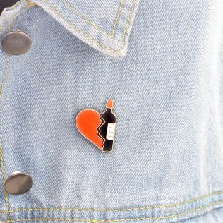 2pcs/Set Broken Heart And Wine Bottle Brooch